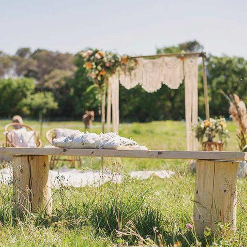 location de Banc en bois cérémonie mariage