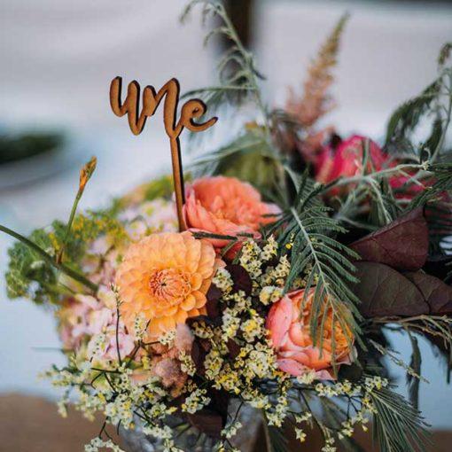 numéro de table de mariage en bois