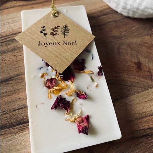 palet de cire infusé aux épices de noel & fleurs séchées