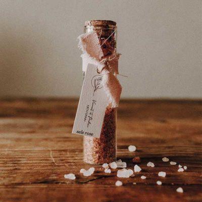 cadeau invité tube de sel au piment